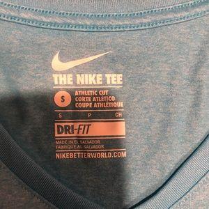 Nike Tops - NWOT Tiffany Blue Nike v-neck athletic shirt